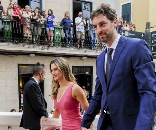 Sergio Llull (1,90m) Y Almudena Cánovas (1,71m)