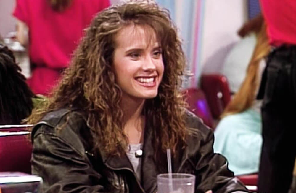 Tori – Saved By The Bell