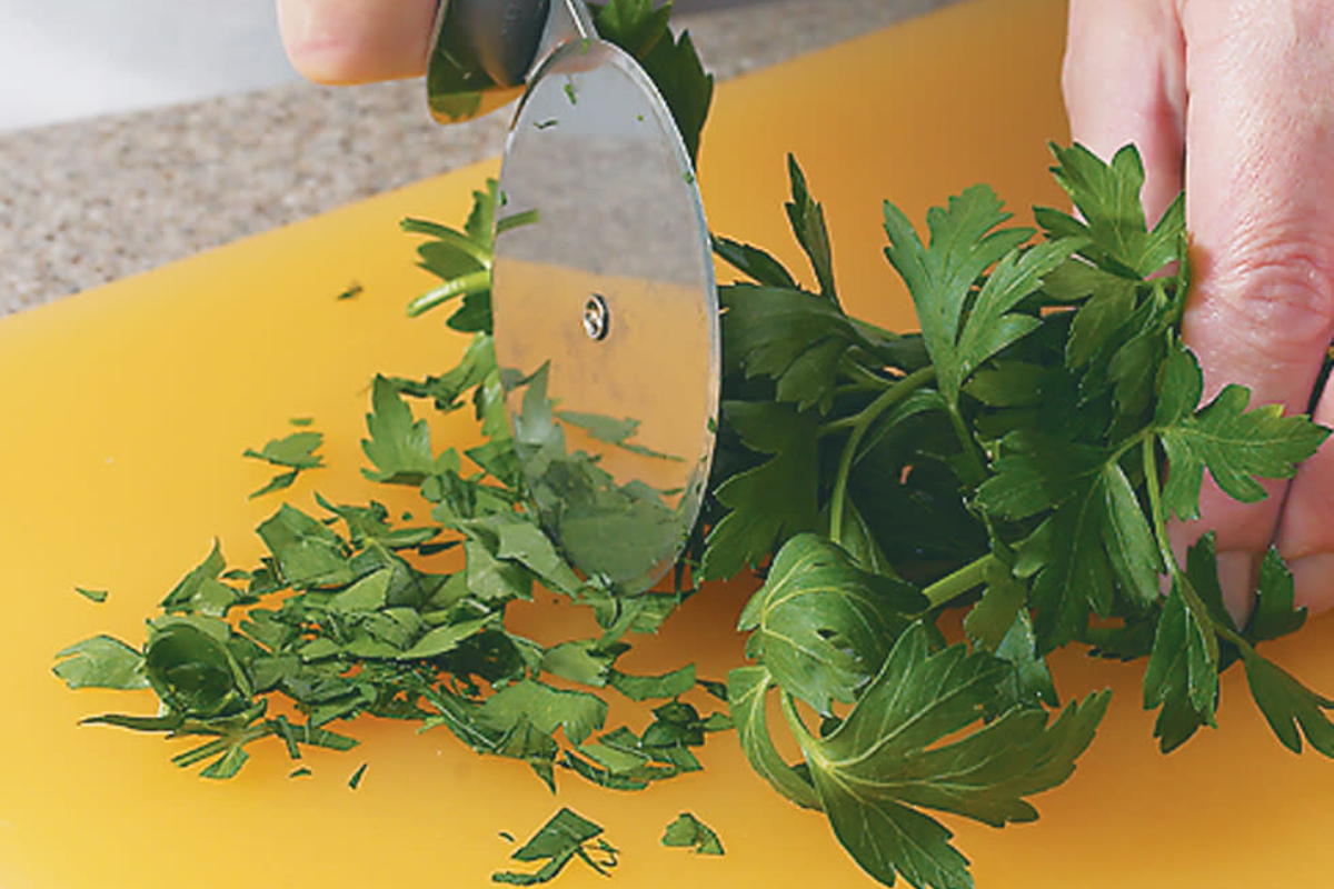 Cutting Herbs