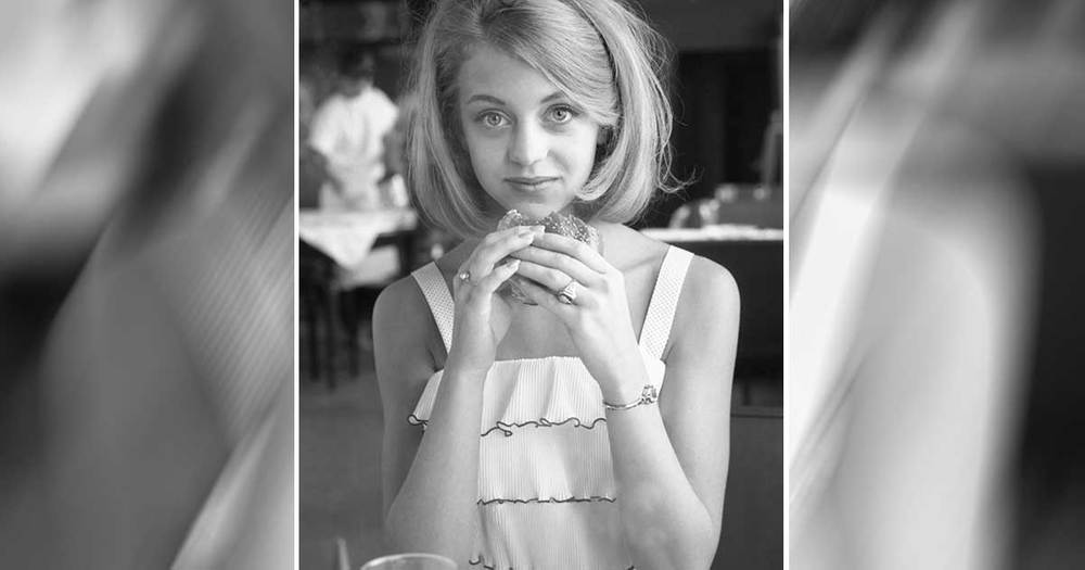 Young Goldie Hawn