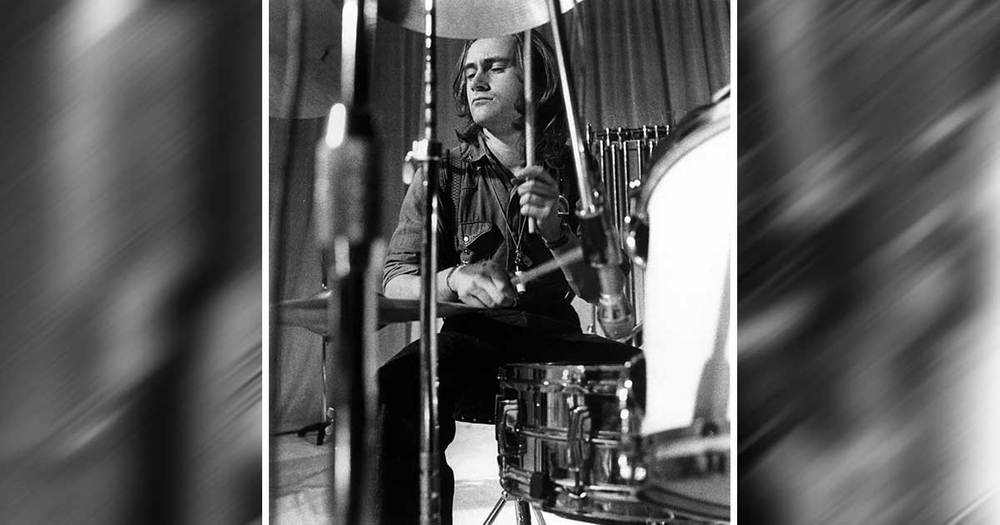 Phil Collins Rocks Out On The Drums