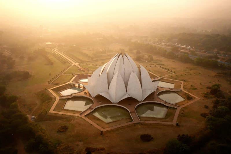 Lotus Tapınağı