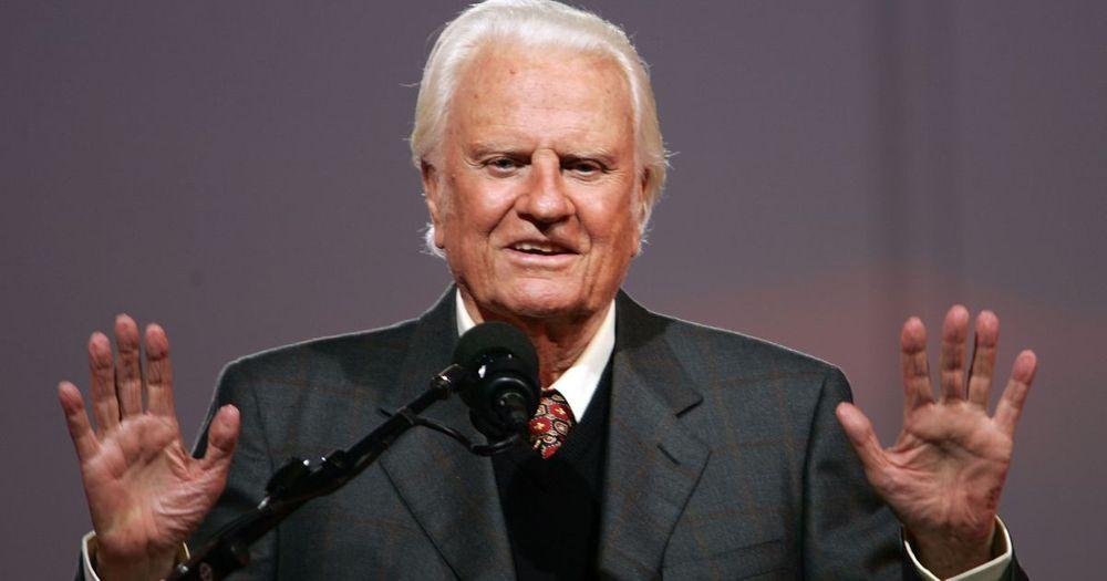 Billy Graham Deceased Net Worth 25 Million