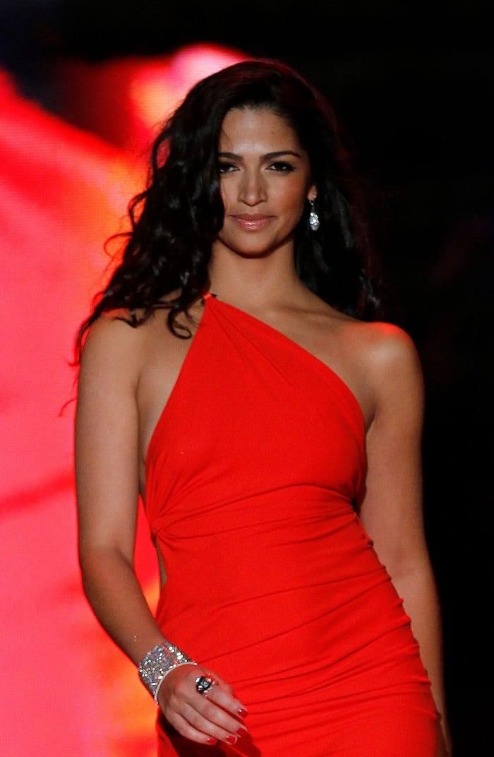 Camila Alves1