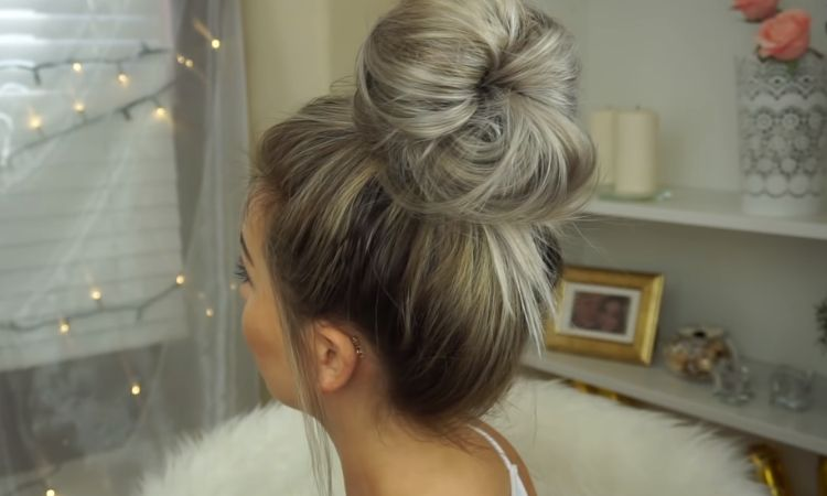 Lo chignon voluminoso