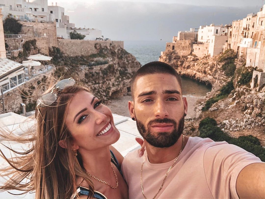 Yannick Carrasco And Noémie Happart