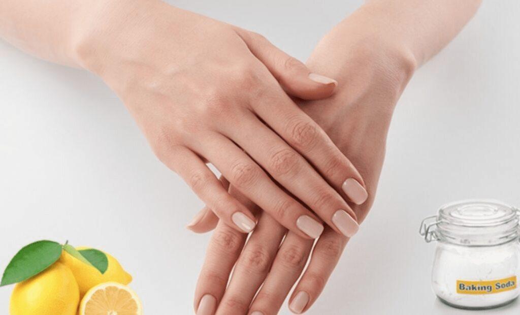 Per sbiancare unghie ingiallite