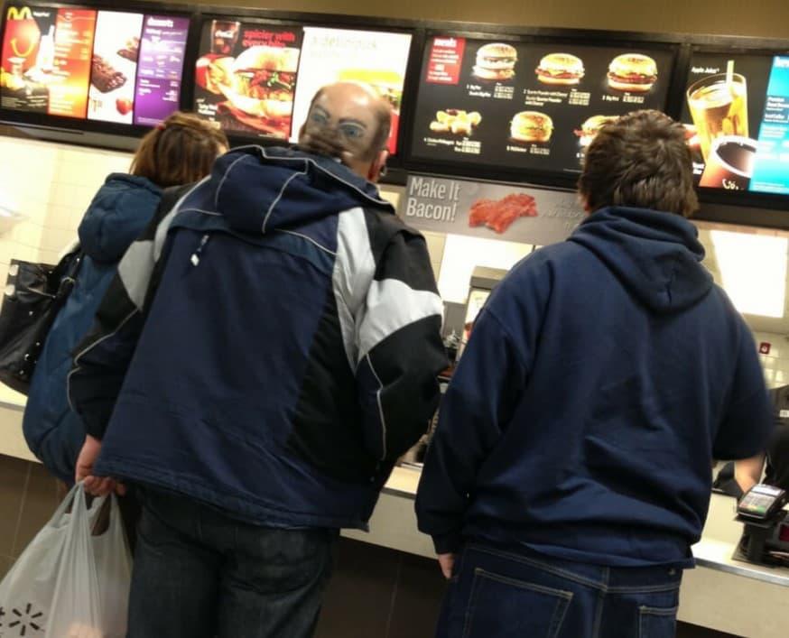 맥도날드에 갔다가 심장 떨어질 뻔한 사연
