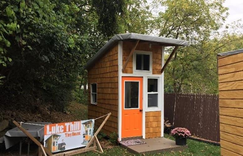 Com Apenas Treze Anos De Idade, Luke Hill Constrói Casa De 1.500 Dólares Por Conta Própria