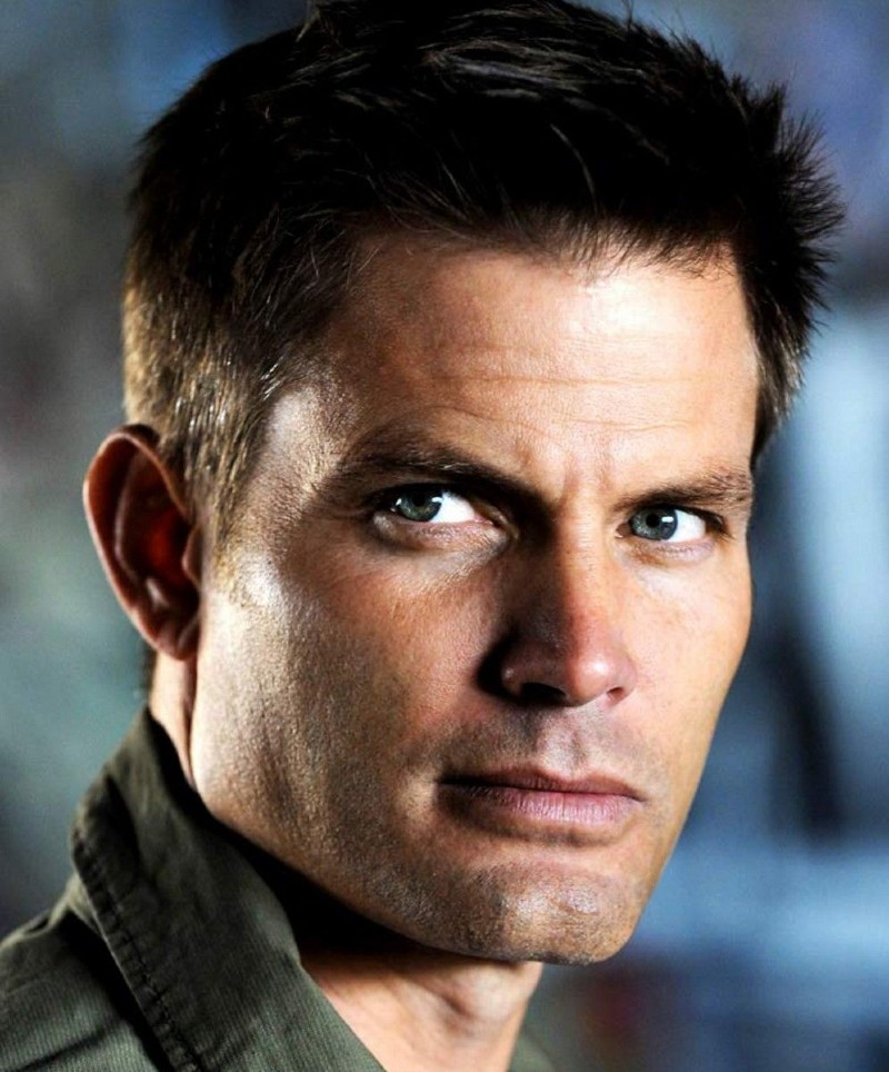 Casper Van Dien As Johnny Rico