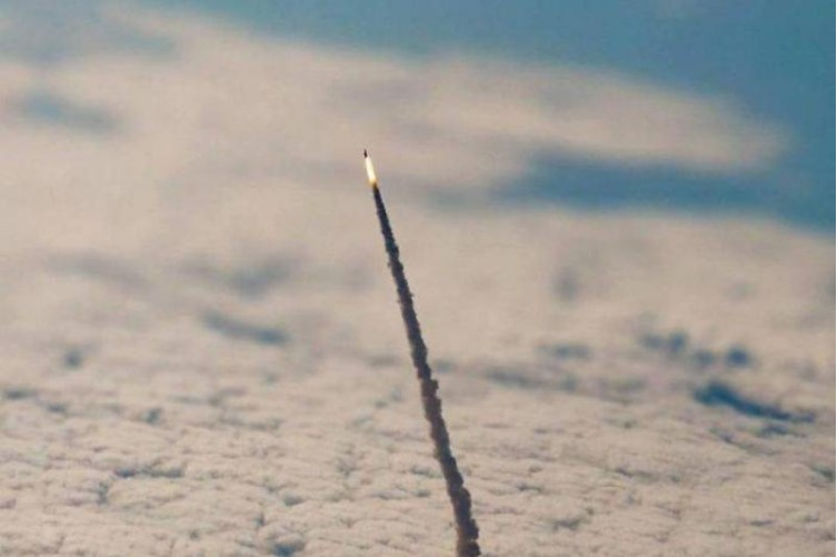 Space Shuttle Image Leaving The Atmosphere