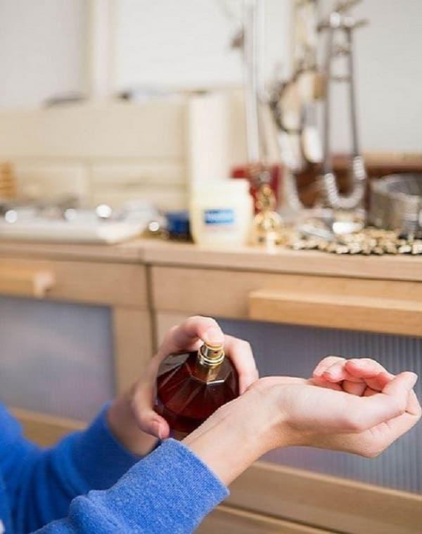 Amplie Os Aromas Do Perfume