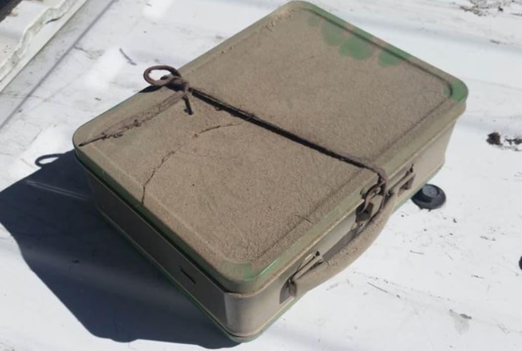 Große Träume In Einem Kleinen Koffer