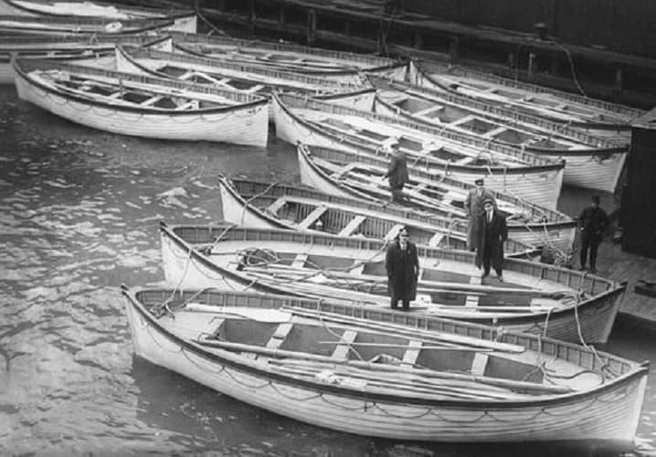 Le Scialuppe Al Molo 54