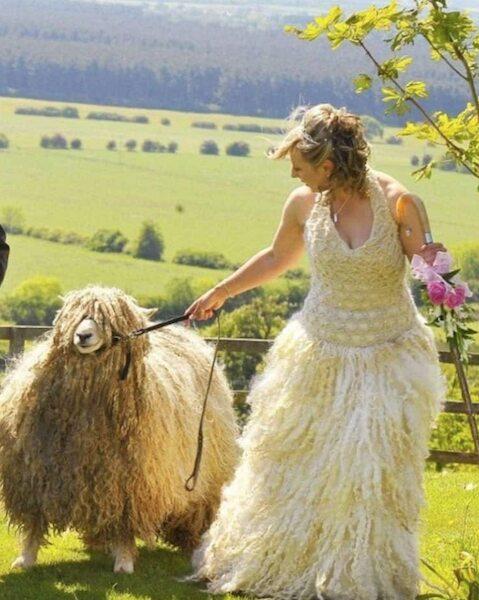 Robe De Mariée En Laine