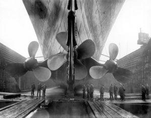 Una nave molto grande