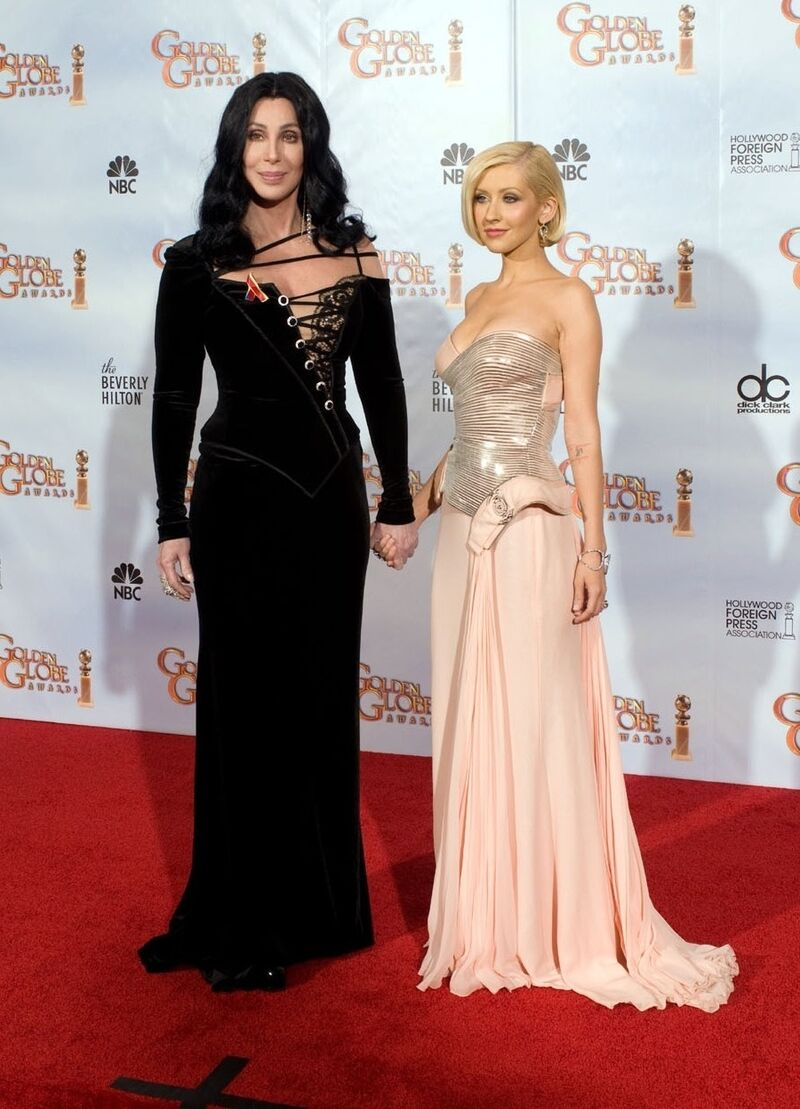 "Christina Aguilera 5'2"""