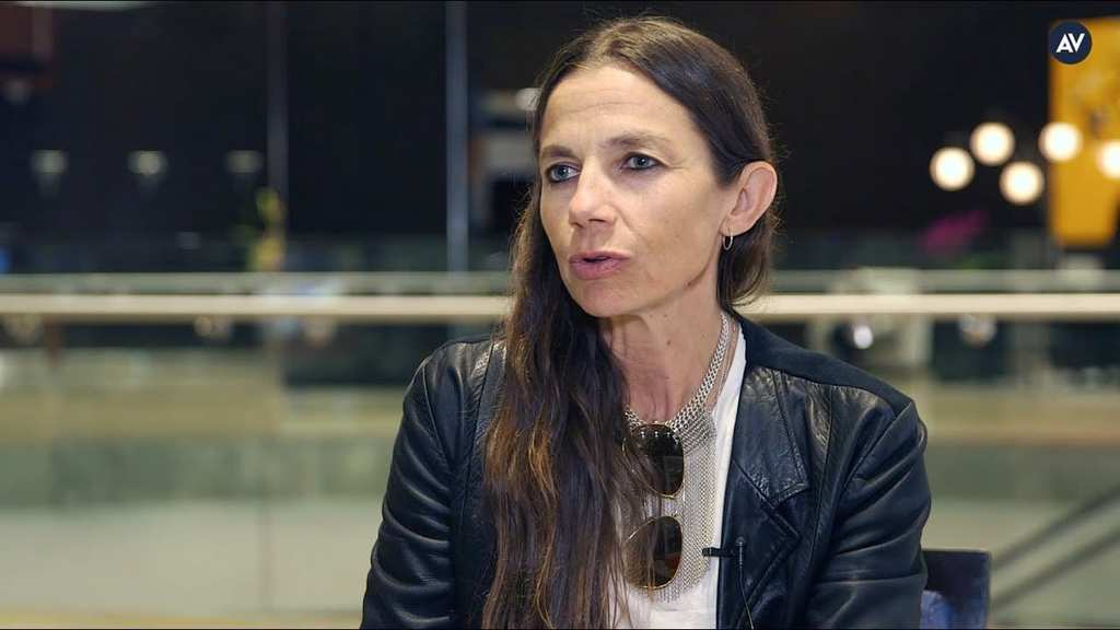 Justine Bateman – Now