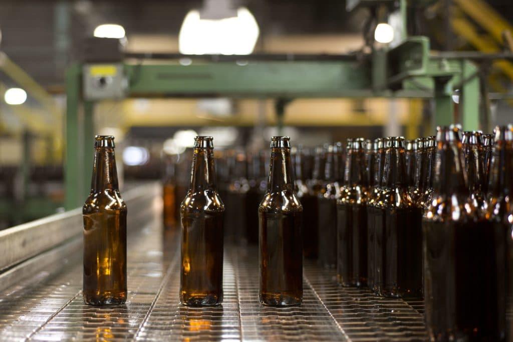 Lange Flaschenhälse