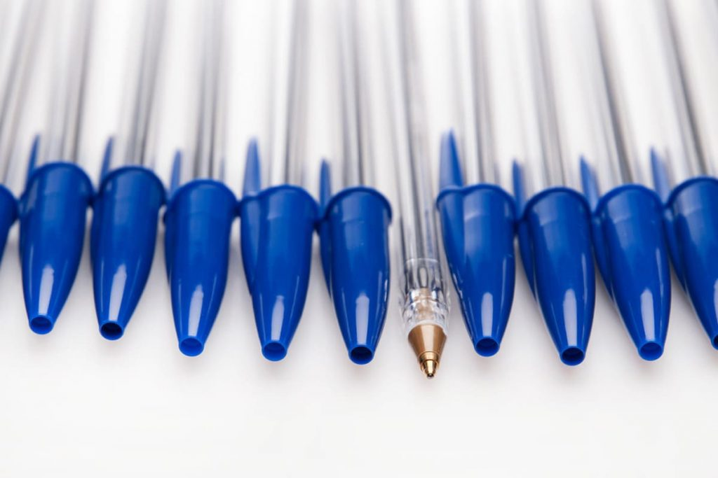 Löcher Im Kugelschreiberdeckel