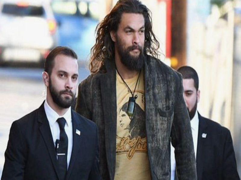 """Jason Momoa (6'4"""")"""