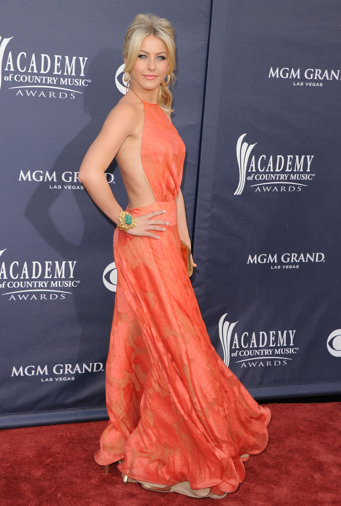 Julianne Hough, 2011