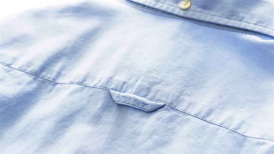 Loop In Back Of Shirt