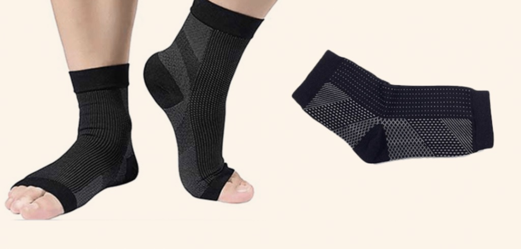 Compression Socks Can Help With Body Pain