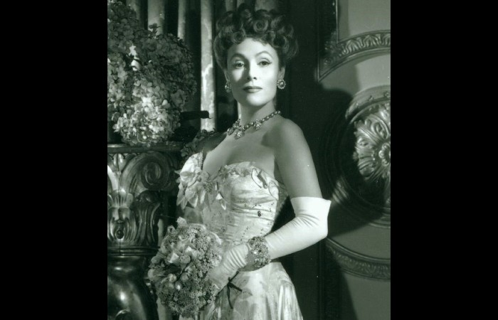 Delores Del Rio Was A Hollywood Stunner