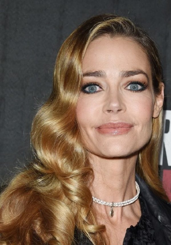 Denise Richards Como Lisa Atualmente