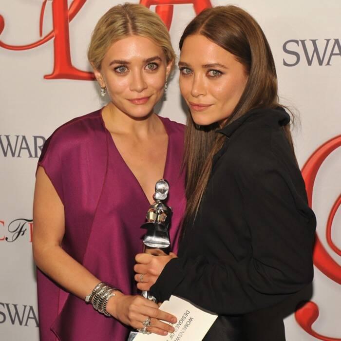Fashion Designers Ashley And Mary Kate Olsen