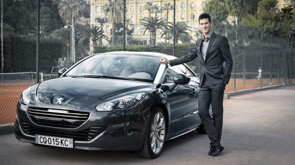 Novak Djokovic Et Sa Peugeot
