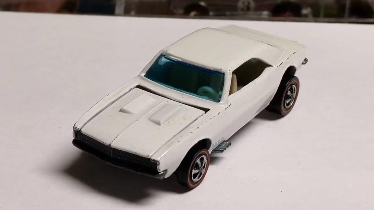 White Custom Camaro From 1968 - $3,000
