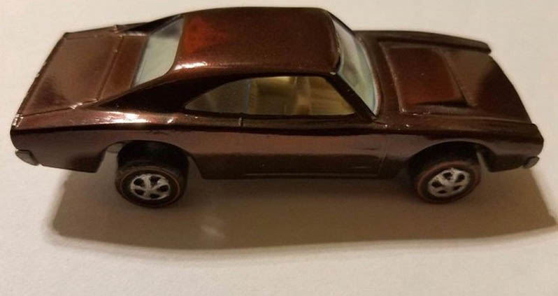 Brown Custom Charger From 1969 - $13,000