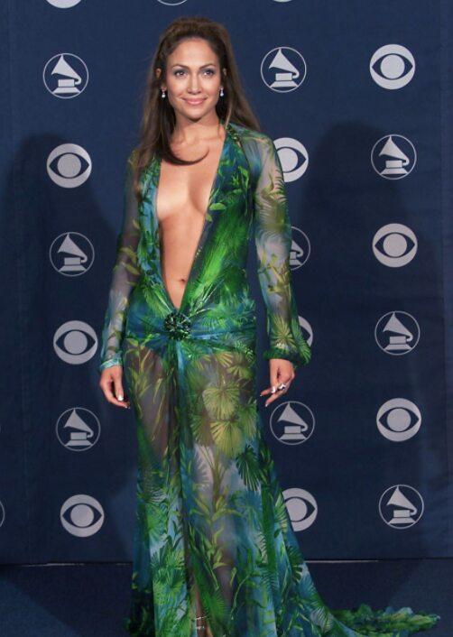 Jennifer Lopez Presque Dénudée