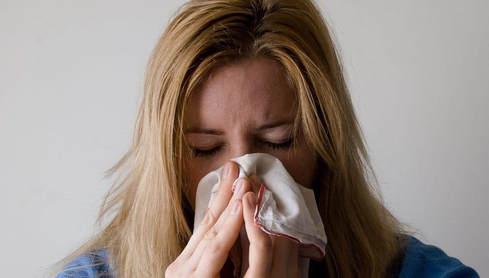 Secreción Nasal Y Tos
