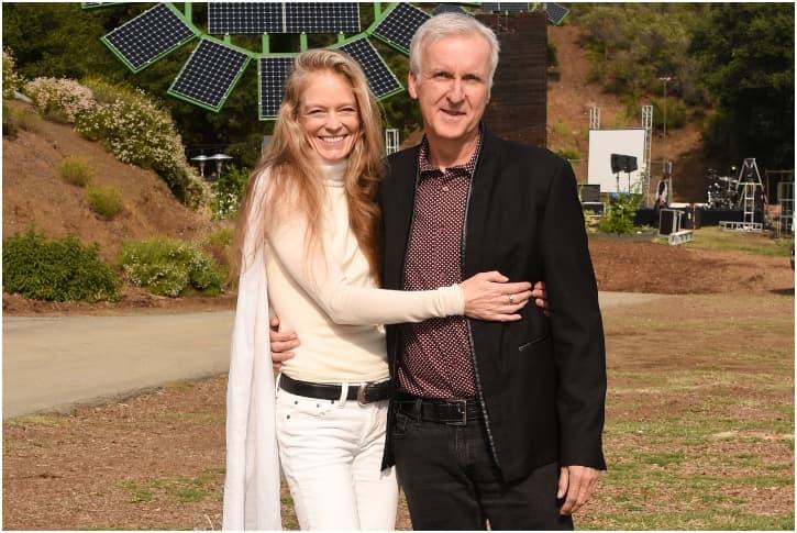 James Cameron Y Suzy Amis 19 Años