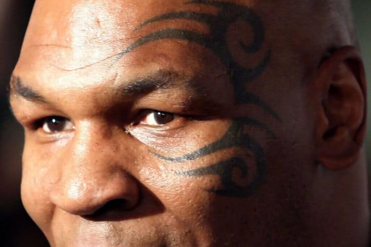 Non Sono Necessari Tatuaggi Sul Viso