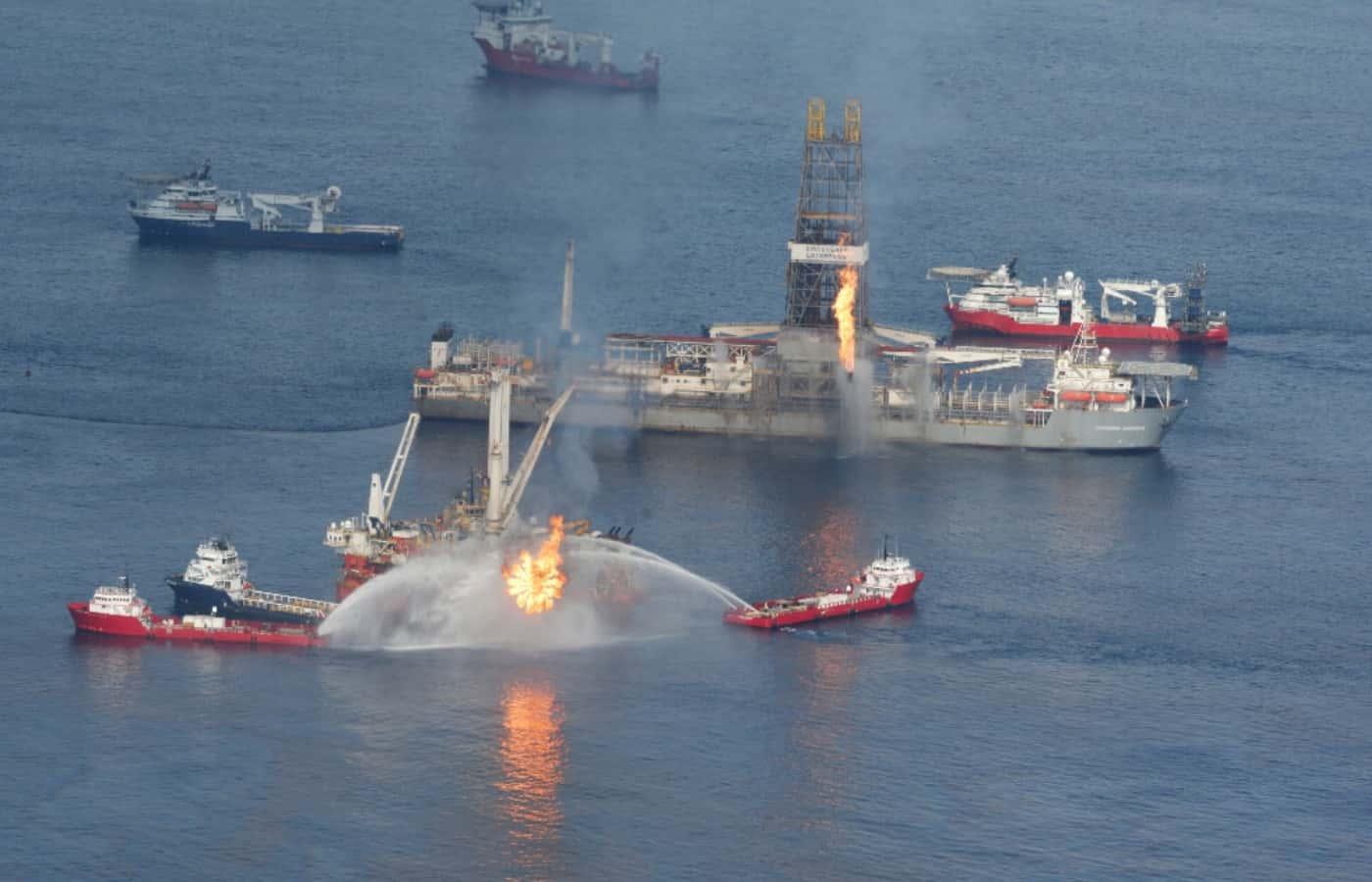 Deepwatwr Horizon Patlaması Ve Petrol Döküntüleri