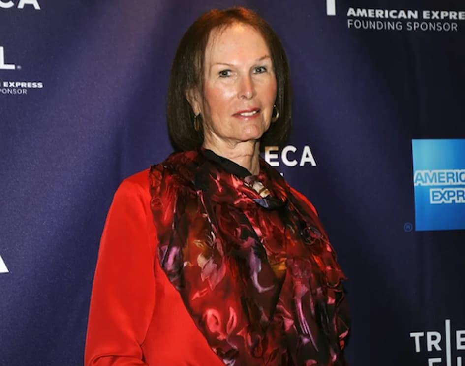 Renée Richards, également Joueuse De Tennis Professionnelle, Et L'une Des Premières Athlètes Transgenres