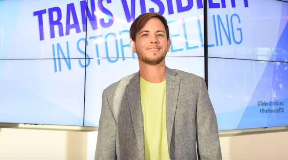 """Alex Blue Davis Est Connu Comme Le Premier Acteur Trans De La Série """" Grey's Anatomy """""""