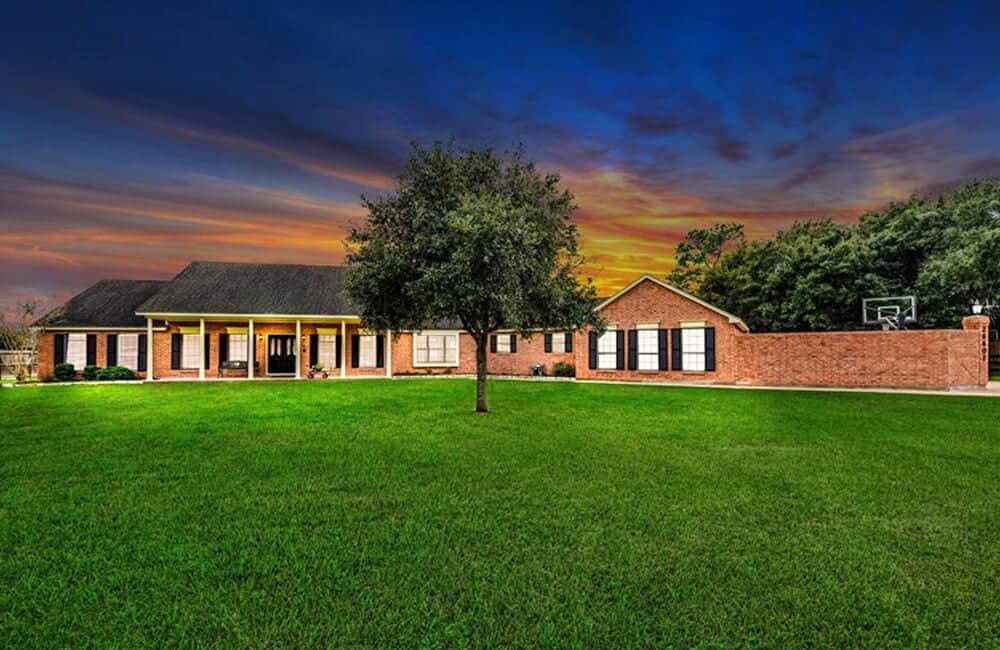 Renee Zellweger's Childhood Home – Katy, Texas