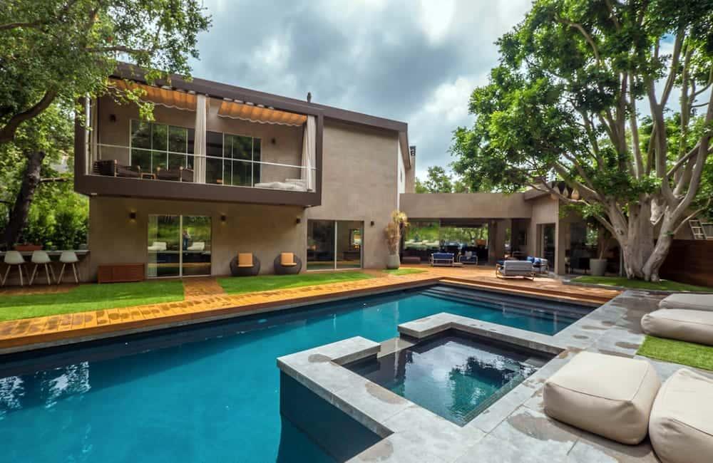 Chelsea Handler's LA Estate – Los Angeles, California