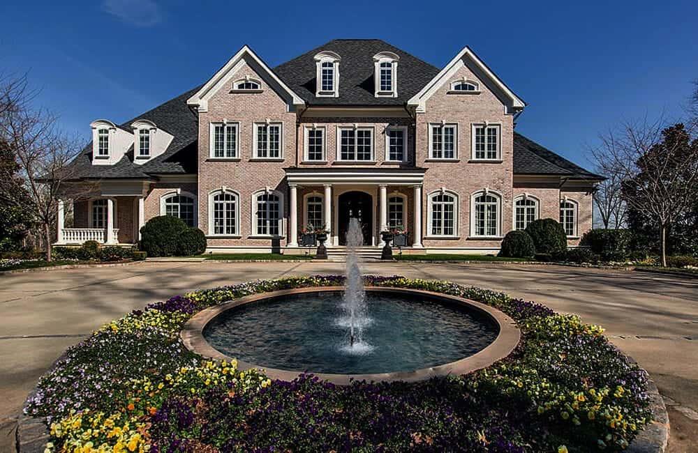 Kelly Clarkson's Estate – Hendersonville, Tennessee