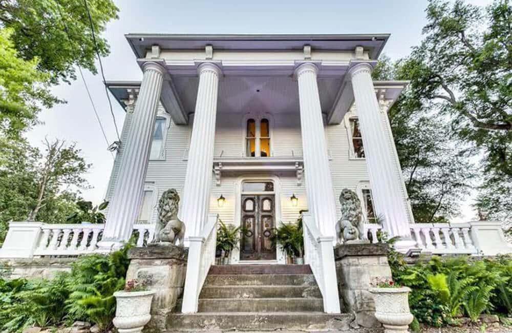 Pillars Estate – Albion, New York