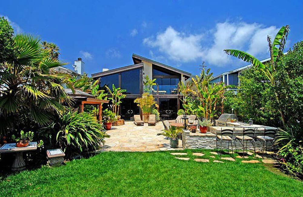 Kurt Russell And Goldie Hawn's Beach Mansion – Malibu, California