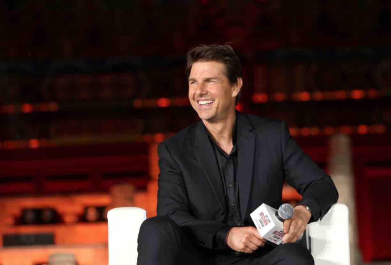 Tom Cruise – 5 Feet 7 Inches