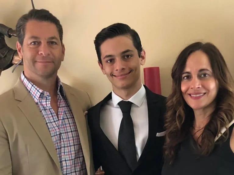 Matthew Y Su Familia