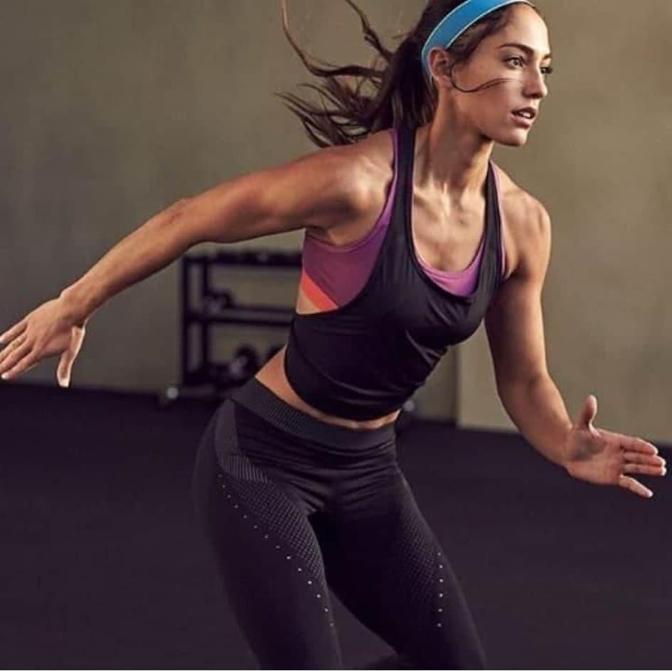 Allison Stokke Prend Un Nouveau Départ En Utilisant Ses Connaissances En Athlétisme