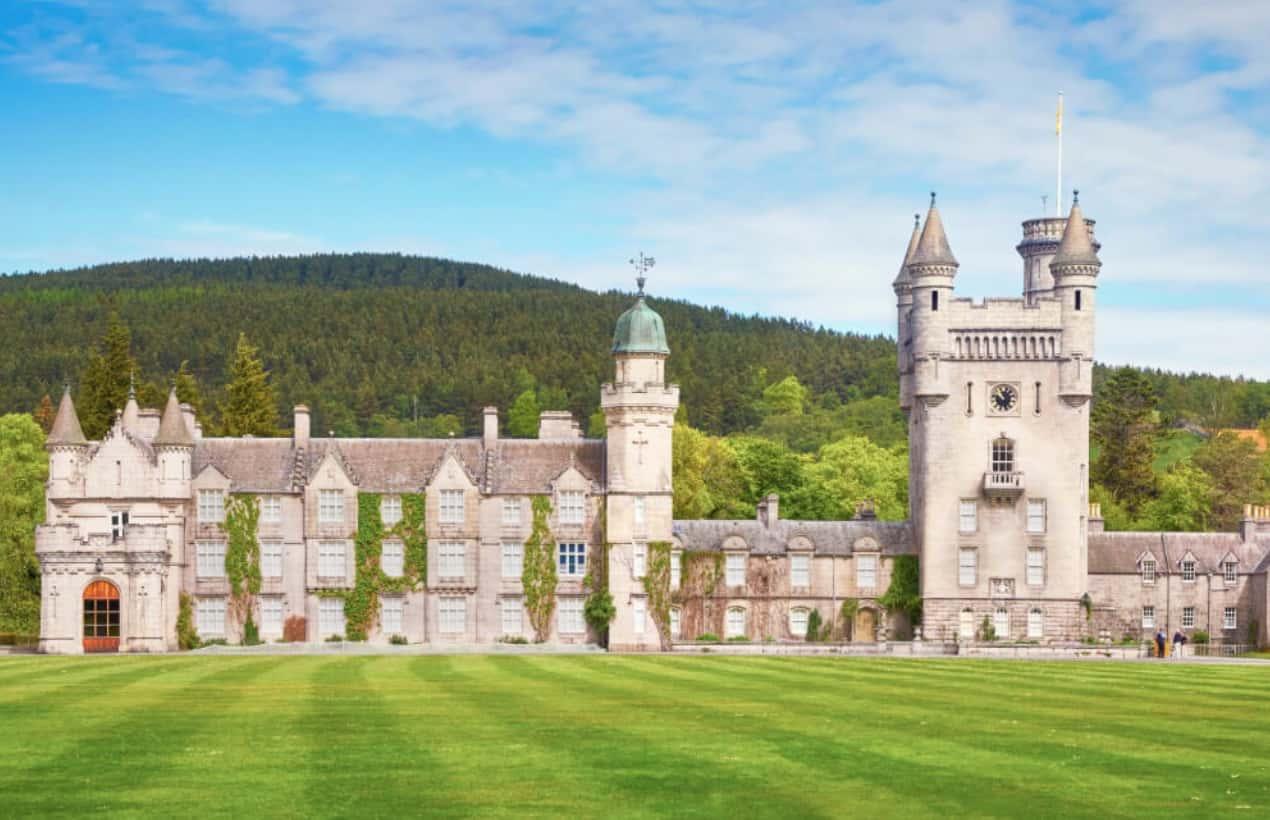 Kuzeydoğu İskoçya'da 50.000 Dönümlük Balmoral Kalesi
